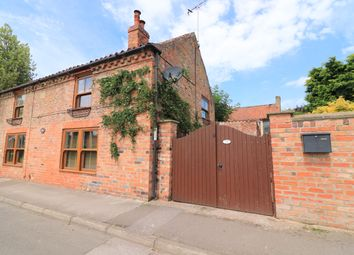 Thumbnail 3 bed cottage for sale in Canal Lane, West Stockwith, Doncaster
