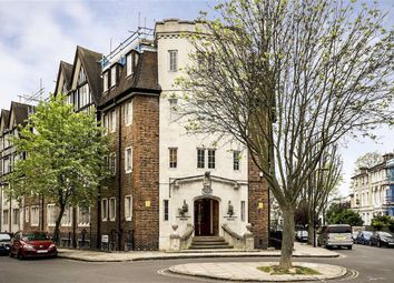 Thumbnail 2 bed flat to rent in Mortimer Crescent, London