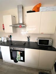 4 bed property to rent in Railway Street, Lancaster LA1