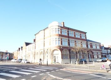 2 bed flat to rent in Moorland Road, Cardiff CF24