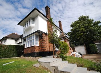 Thumbnail 2 bed flat to rent in Ossulton Way, Hampstead Garden Suburb