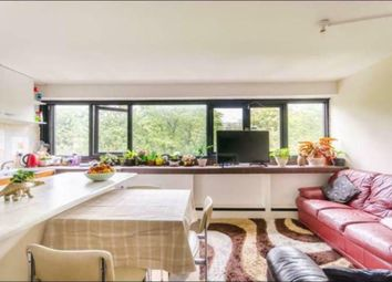 2 bed flat to rent in Ainsworth Way, London NW8
