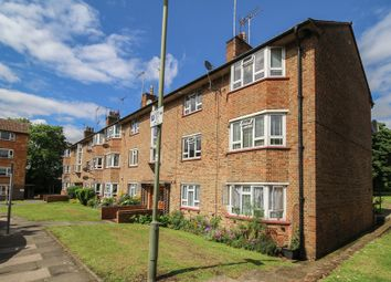 Thumbnail 2 bedroom flat for sale in Cricklewood Lane, Childs Hill, London
