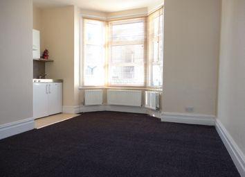 Thumbnail Studio to rent in Bensham Lane, Thornton Heath
