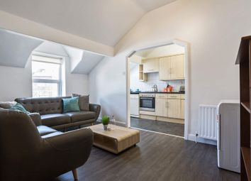 Thumbnail 5 bed flat to rent in Flat 2, 1 Victoria Road, Hyde Park