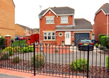 Thumbnail 3 bed detached house for sale in Bridgegate Drive, Victoria Dock, Hull, Yorkshire
