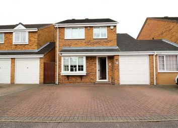 Thumbnail 4 bedroom detached house to rent in Willowdene, Cheshunt, Waltham Cross, Hertfordshire