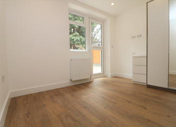 Thumbnail Room to rent in Ewen Crescent, London