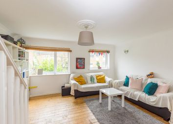 4 bed terraced house to rent in Glengall Road, Woodford Green IG8