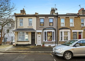 2 bed property to rent in Worland Road, London E15