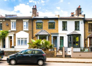 Thumbnail 4 bedroom detached house for sale in Victoria Park Road, Hackney