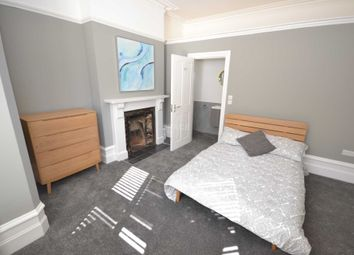 Thumbnail Room to rent in Craven Road, Reading, Berkshire, - Room 1
