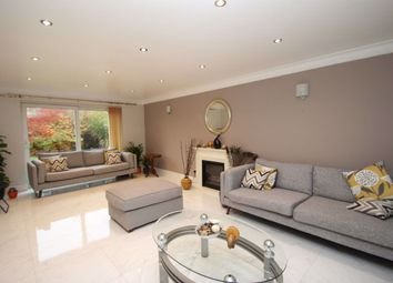 Thumbnail 5 bed detached house to rent in Short Let Wessex Close, Thames Ditton, Surrey