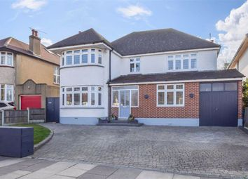Highlands Boulevard, Leigh-On-Sea, Essex SS9. 4 bed detached house for sale