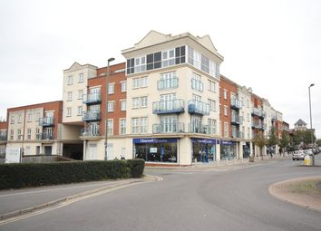 Thumbnail 2 bed flat for sale in Goldsworth Road, Woking