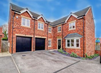 Thumbnail 5 bed detached house for sale in Links Way, Drighlington, Bradford