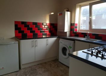 3 bed flat to rent in The Shatesburys, Barking IG11