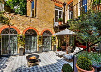 Thumbnail Town house to rent in Hans Place, Knightsbridge, London