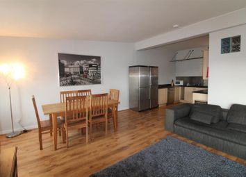 Thumbnail 3 bed flat for sale in North Street, Leeds