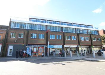 Thumbnail 2 bedroom flat for sale in Park Street, Luton