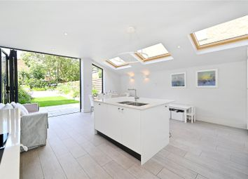Thumbnail 6 bed terraced house for sale in Victoria Road, London