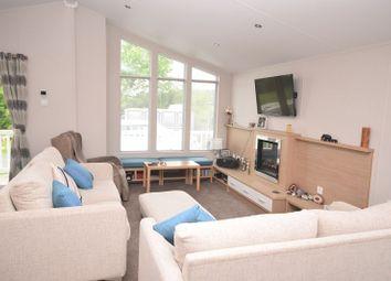 Thumbnail 2 bed mobile/park home for sale in Ashford Rise, Barnstaple