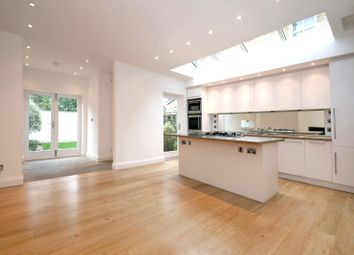 Thumbnail 4 bed property to rent in Wavendon Avenue, Chiswick, London