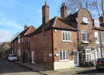 Thumbnail Semi-detached house to rent in St. Peter Street, Marlow