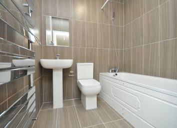 Thumbnail 2 bed flat to rent in Orchard House, South Woodford