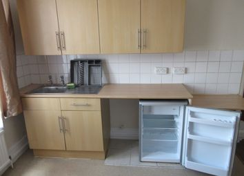 Thumbnail Room to rent in Forest Drive West, Leytonstone