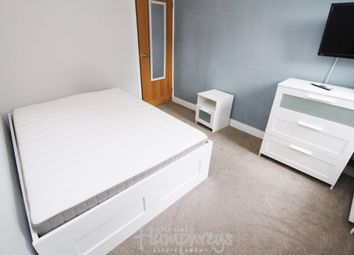 Thumbnail Room to rent in Room 3 - Briants Avenue, Reading