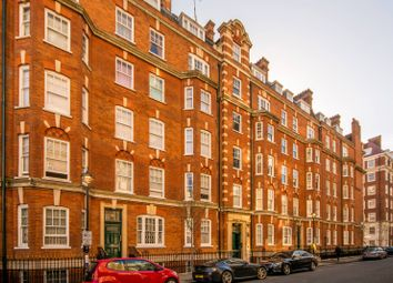 Thumbnail 3 bedroom flat to rent in Brown Street, Marylebone