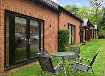 Brighton Road, Lower Kingswood, Tadworth, Surrey KT20. 3 bed barn conversion