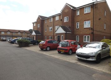Thumbnail 1 bed flat to rent in Expess Drive, Goodmayes