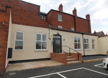 Thumbnail 2 bedroom flat to rent in Grimsby Road, Cleethorpes