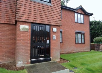 Thumbnail 1 bed flat to rent in Lower Sawley Wood, Banstead