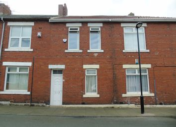 Thumbnail 3 bed flat to rent in Berwick Terrace, North Shields