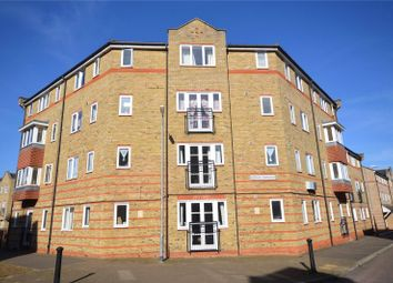Thumbnail 2 bedroom flat for sale in Rookes Crescent, Chelmsford, Essex