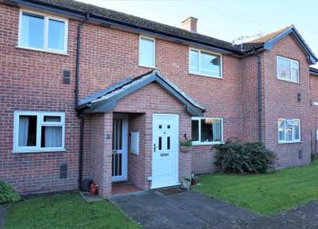 Thumbnail 2 bed maisonette for sale in Bath Road, Thatcham