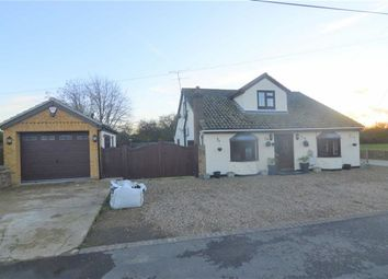 Thumbnail 3 bed detached house for sale in Elm Road, Bowers Gifford, Essex