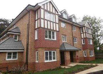 Thumbnail 1 bed flat to rent in Queens Avenue, Maidstone