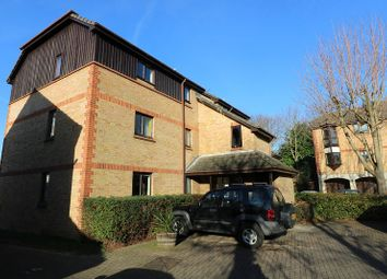 Thumbnail 2 bed flat for sale in Monmouth Grove, Brentford, Greater London.