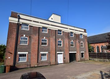 Thumbnail 2 bed flat for sale in Colebrook Road, Tunbridge Wells, Kent