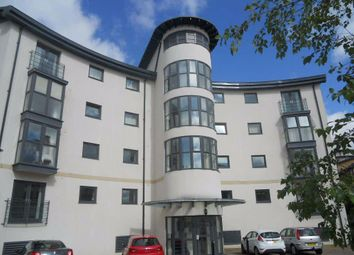 2 bed flat to rent in Holly Court Apartments, Swindon, Wiltshire SN1