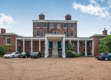 Thumbnail 2 bedroom flat for sale in Ray Park Avenue, Maidenhead