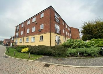Thumbnail 2 bed flat to rent in Fairfield Crescent, Stevenage