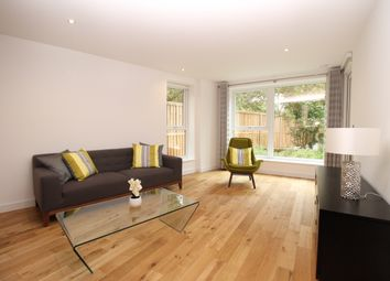 Thumbnail 3 bed flat to rent in Francis House, Wandsworth, London