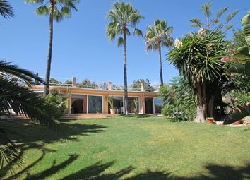 Thumbnail 4 bed villa for sale in Rocio De Nagueles, Marbella Golden Mile, Costa Del Sol