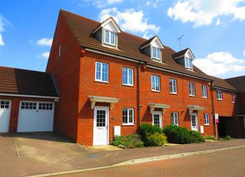 Thumbnail 3 bed semi-detached house for sale in Sandpiper Way, Leighton Buzzard