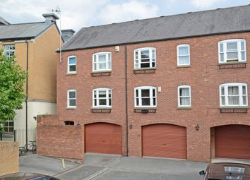 Thumbnail 1 bed flat to rent in Walmgate, York